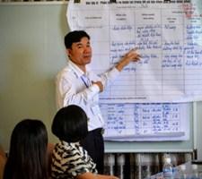 Ông Phan Văn Hiếu, đại diện Công ty Tôn Hoa Sen chi nhánh Nghệ An